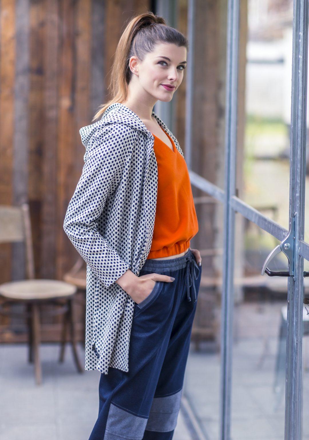 vest + top + broek