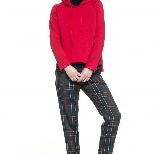 6x anders: trui en broek