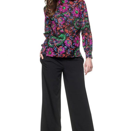 KM 2 blouse 22 en broek 24