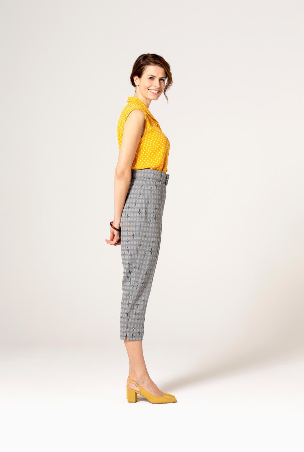 KM 4 blouse 28 en broek 31