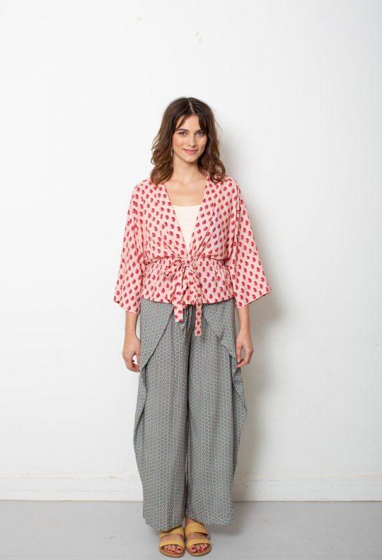 KM 6 vk kimonojasje 16 en broek 12